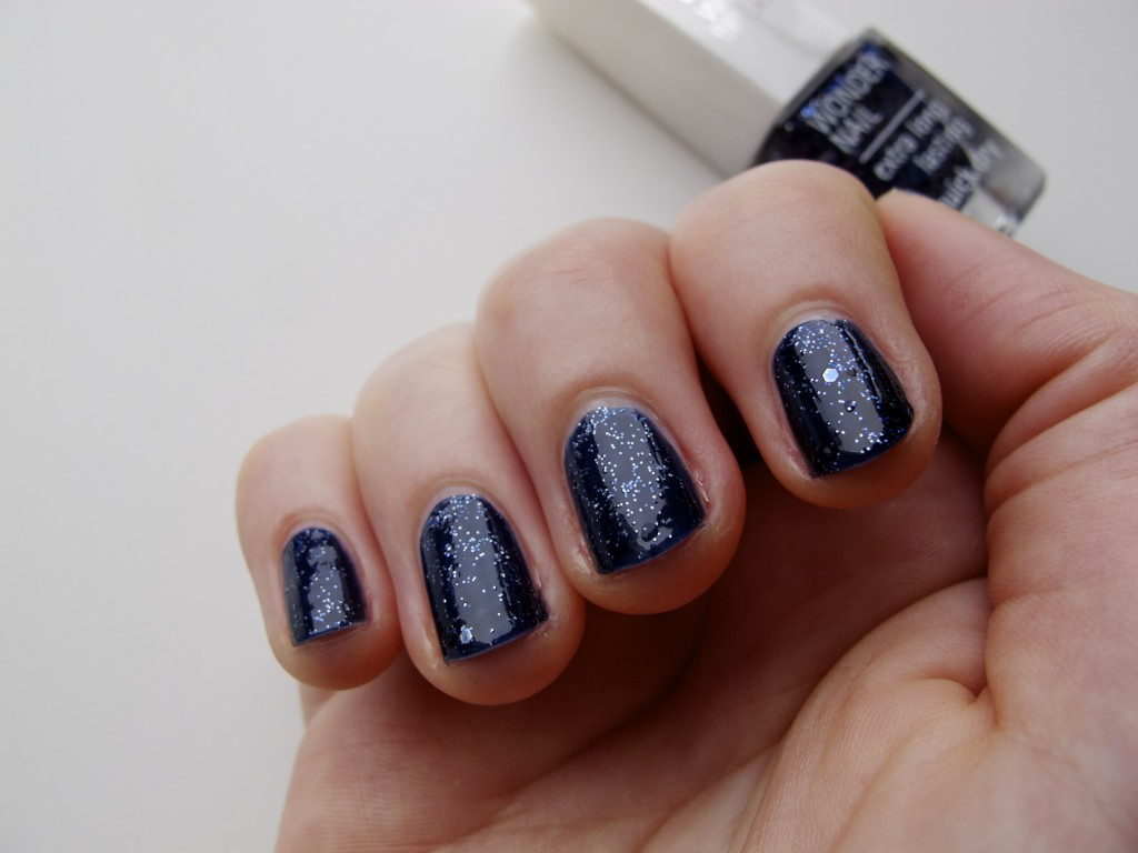 IsaDora Polar Nights NOTD