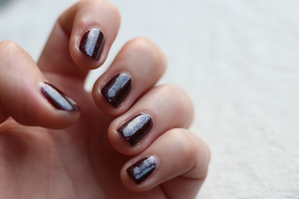 Essie Luxeffects Sparkle on Top 2