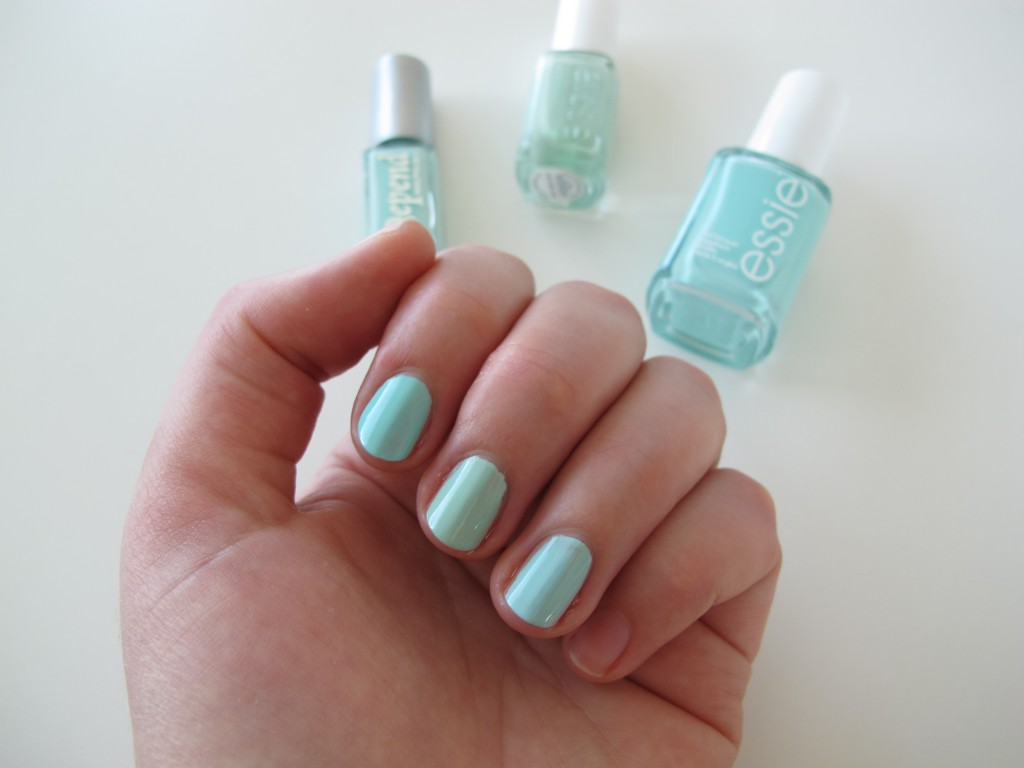 Mint Essie Depend NOTD
