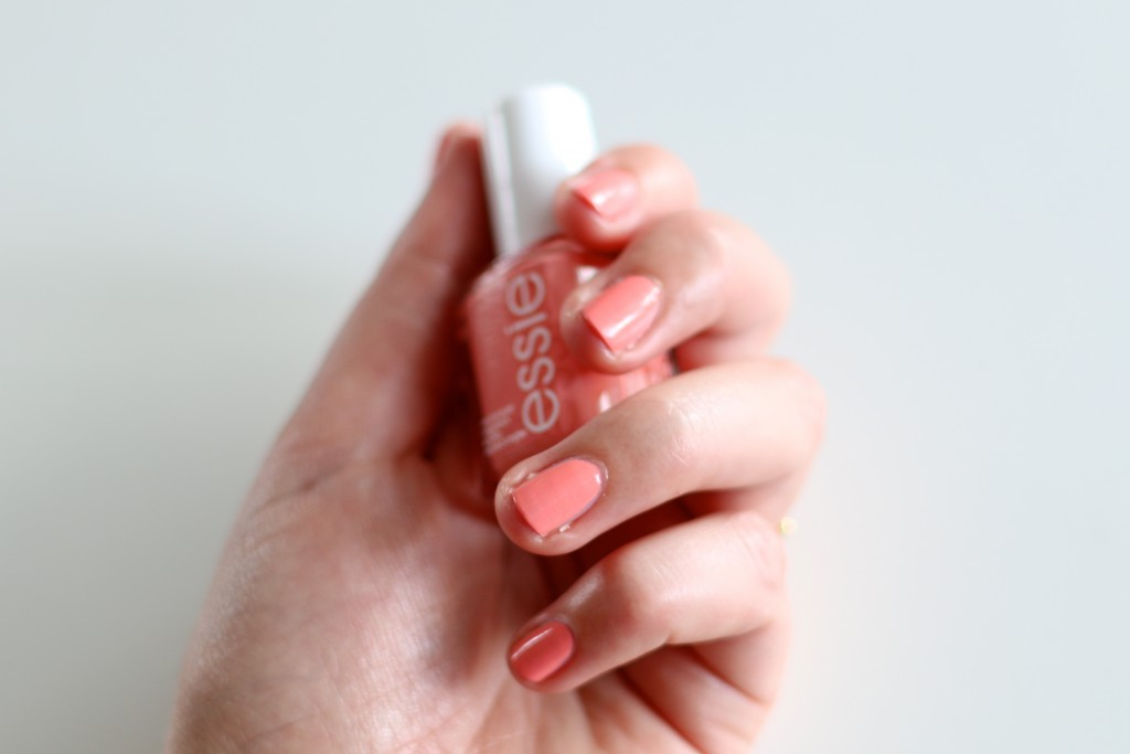 Essie Peach Side Babe notd 2