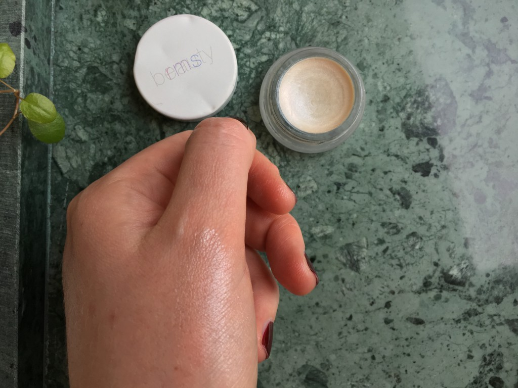 RMS living luminizer swatch
