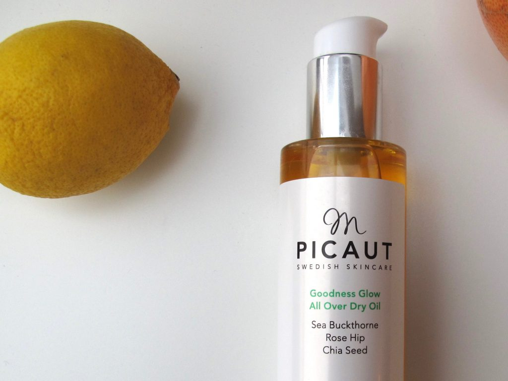 m picaut Goodness Glow All Over Dry Oil 1